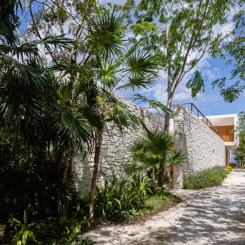 casa-cozumel-sordo-madaleno-arquitectos-architecture-residential-mexico_dezeen_2364_col_5