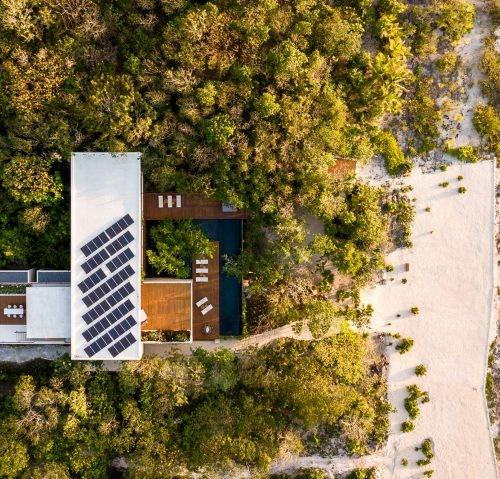 casa-cozumel-sordo-madaleno-arquitectos-architecture-residential-mexico_dezeen_2364_hero2-852x479