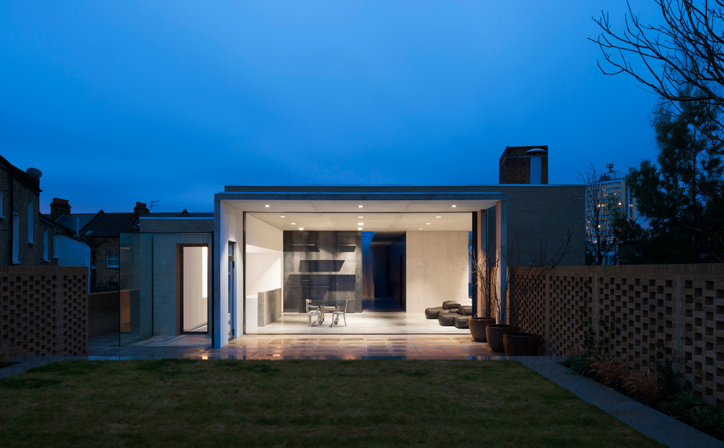 house-studio-lambeth-carmody-groarke-architecture-residential-london-uk_dezeen_2364_col_7
