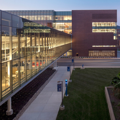 medical-center-university-of-kansas-co-architects-architecture-kansas-city-usa_dezeen_2364_col_6