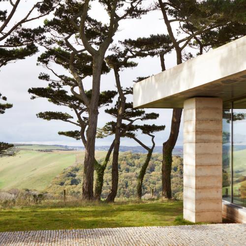 peter-zumthor-secular-retreat-living-architecture_dezeen_2364_col_1