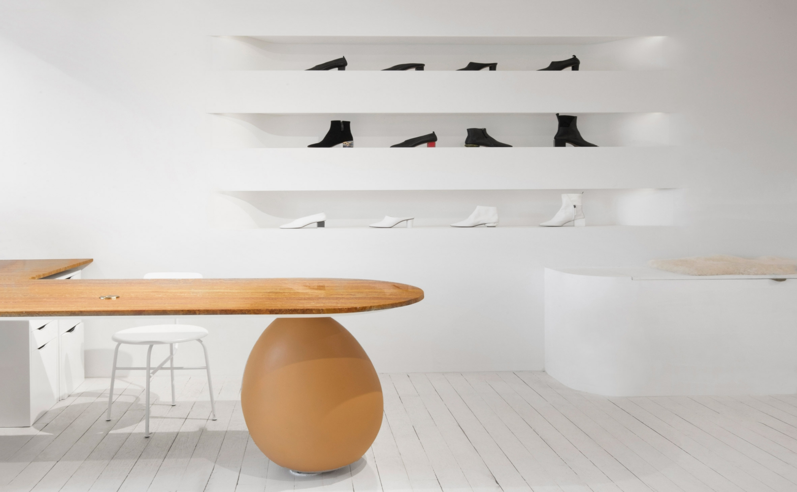 xxgray-matters-showroom-bower-studios-greenpoint-brooklyn-new-york_dezeen_2364_col_6