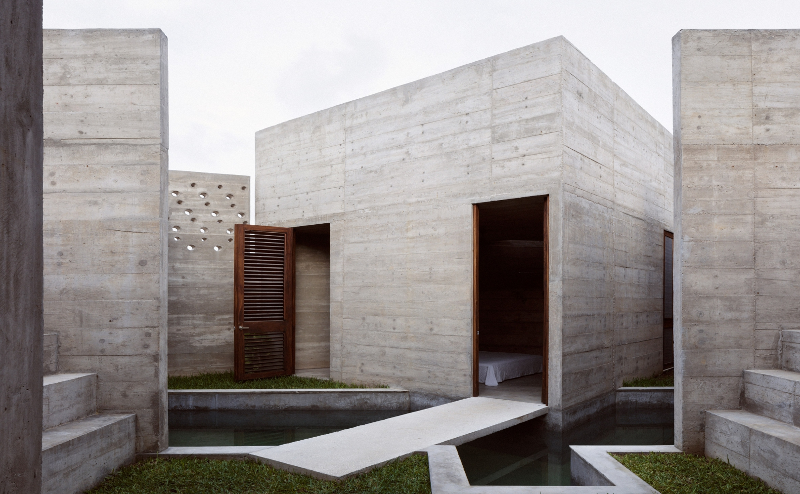 xxzIcatela-house-ludwig-godefroy-architecture-residential-mexico_dezeen_2364_col_13