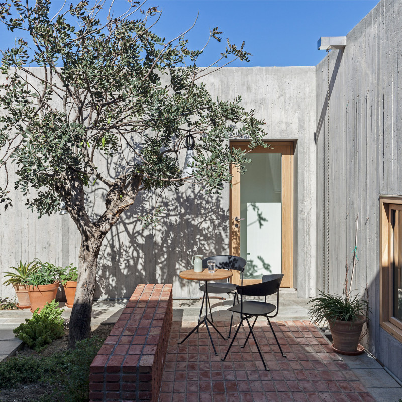 patio-house-ooak-architects-residential-architecture-house-greece_dezeen_2364_col_12