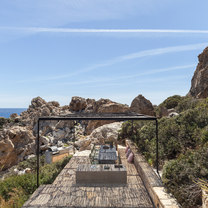 patio-house-ooak-architects-residential-architecture-house-greece_dezeen_2364_col_28