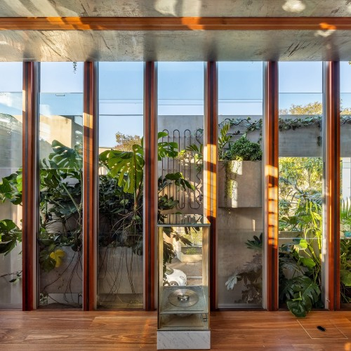 04-Welcome_To_The_Jungle_House_Green_Internal_Facade