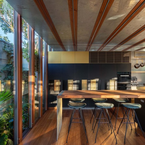 06-Welcome_To_The_Jungle_House__Kitchen