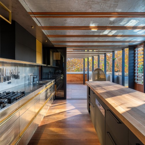 07-Welcome_To_The_Jungle_House_Kitchen___Outdoor_Living