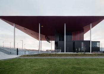 amphitheater-trois-rivieres-canada-atelier-paul-laurendeau-marc-gibert_dezeen_hero-a
