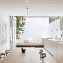 surry-hills-house-nenn-penna-architecture-interiors-uk-houses_dezeen_2364_col_0
