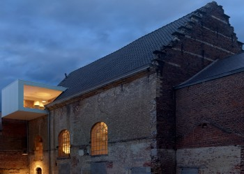 xxwaterdog-klaarchitectuur-architecture-offices-churches-belgium_dezeen_1704_col_7